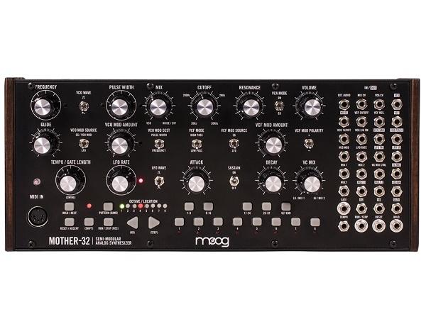 Moog - [MOTHER-32] Sintetizzatore semi modulare analogico Moog