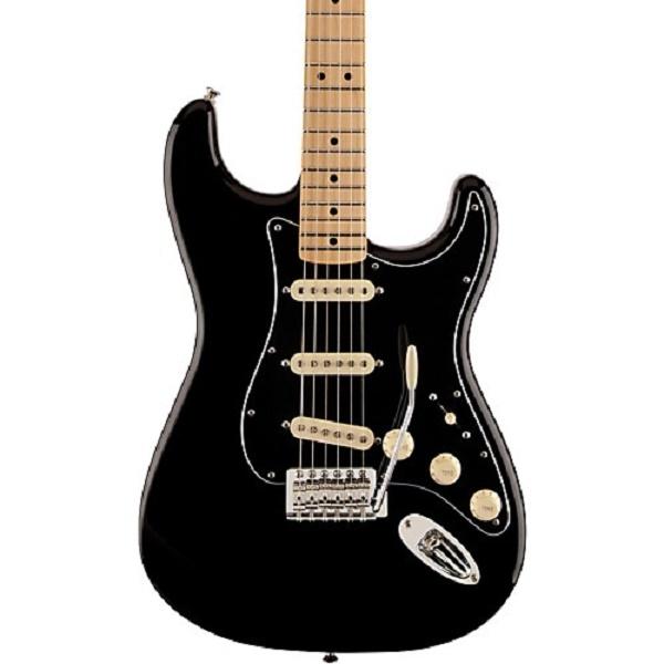 Fender - Special Edition - [0140009506-FSR STD] STRATOCASTER® STANDARD BLACK FSR