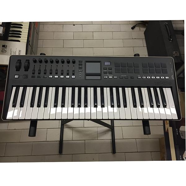 Korg - Sintetizzatore tastiera TAKTILE  49