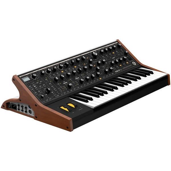 Moog - Sub 37 Tribute Edition Sintetizzatore analogico parafonico 37 tasti
